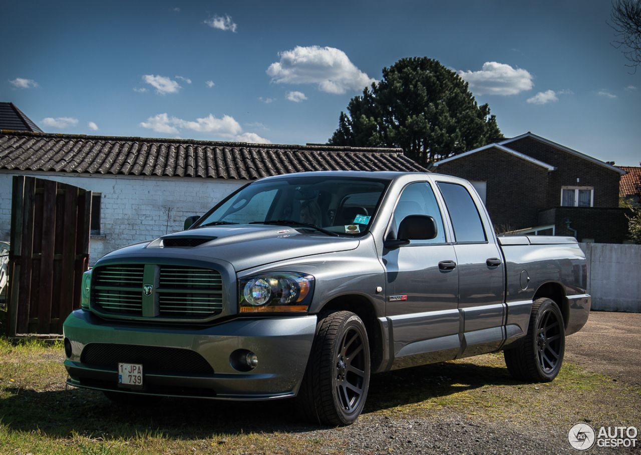 dodge ram srt 10 quad cab 16 april 2015 autogespot. Black Bedroom Furniture Sets. Home Design Ideas