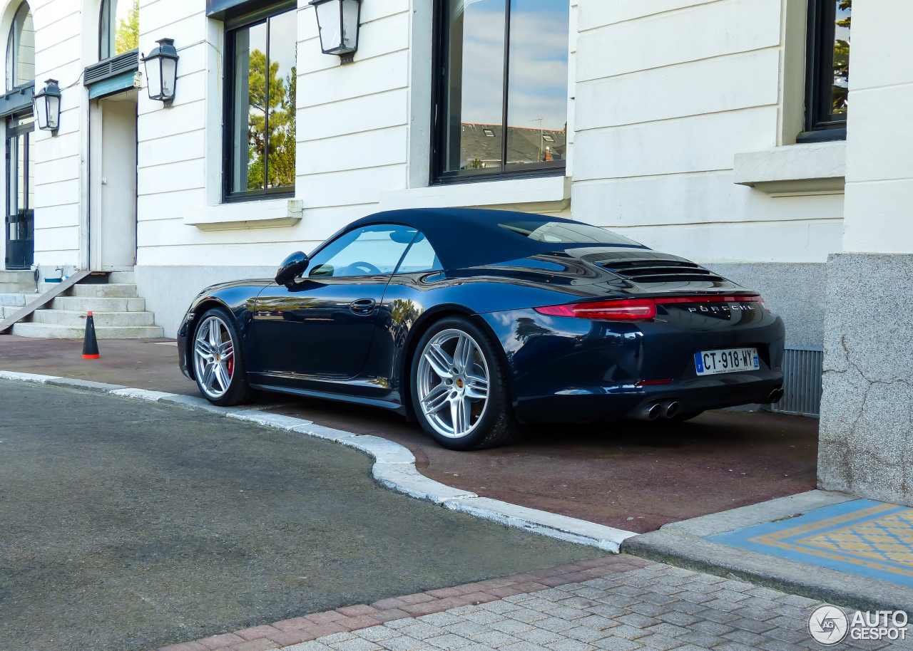 porsche 991 carrera 4s cabriolet 16 april 2015 autogespot. Black Bedroom Furniture Sets. Home Design Ideas