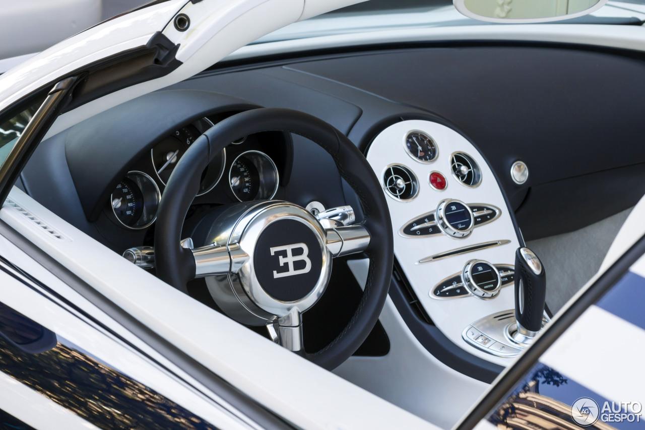 bugatti veyron 16 4 grand sport l 39 or blanc 18 avril 2015 autogespot. Black Bedroom Furniture Sets. Home Design Ideas
