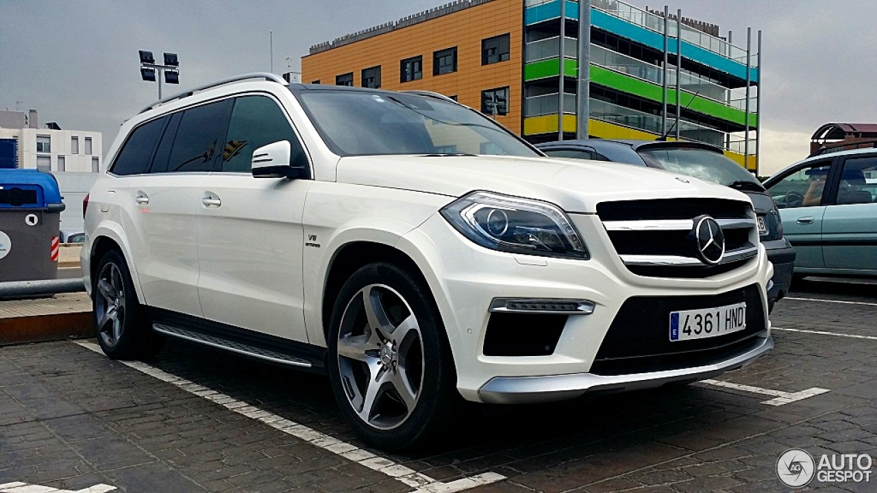 Mercedes benz gl 63 amg x166 18 april 2015 autogespot for 2015 mercedes benz gl