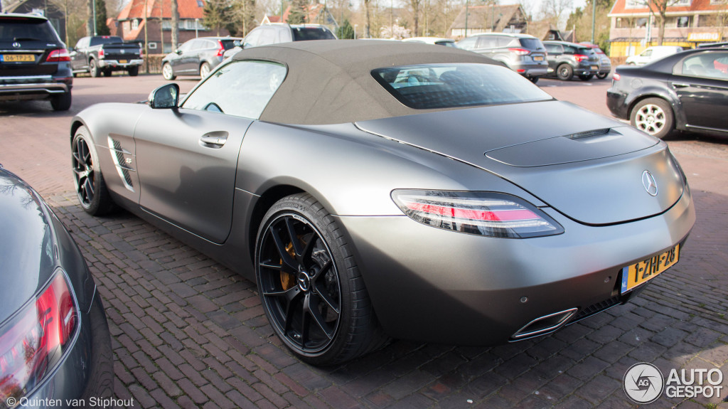 mercedes benz sls amg gt roadster final edition 18 april 2015 autogespot. Black Bedroom Furniture Sets. Home Design Ideas