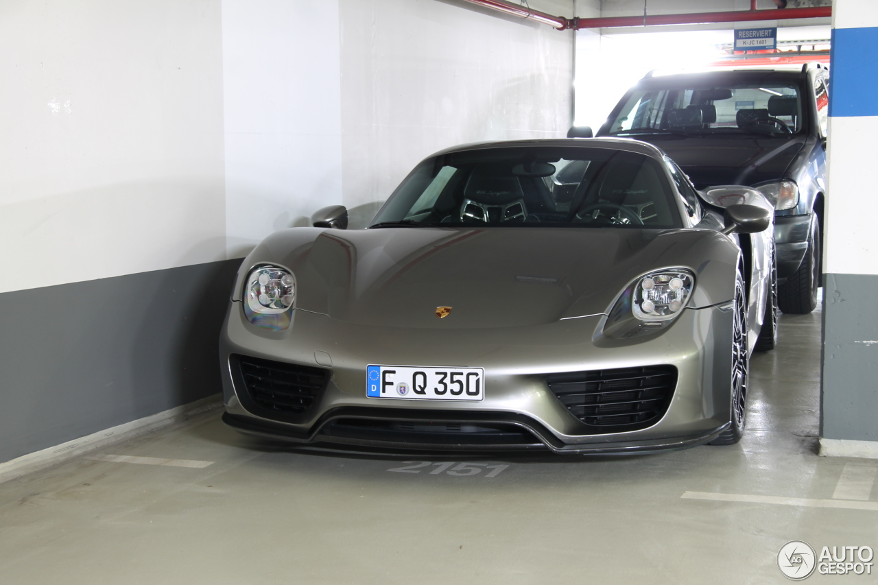 porsche 918 spyder 19 april 2015 autogespot. Black Bedroom Furniture Sets. Home Design Ideas