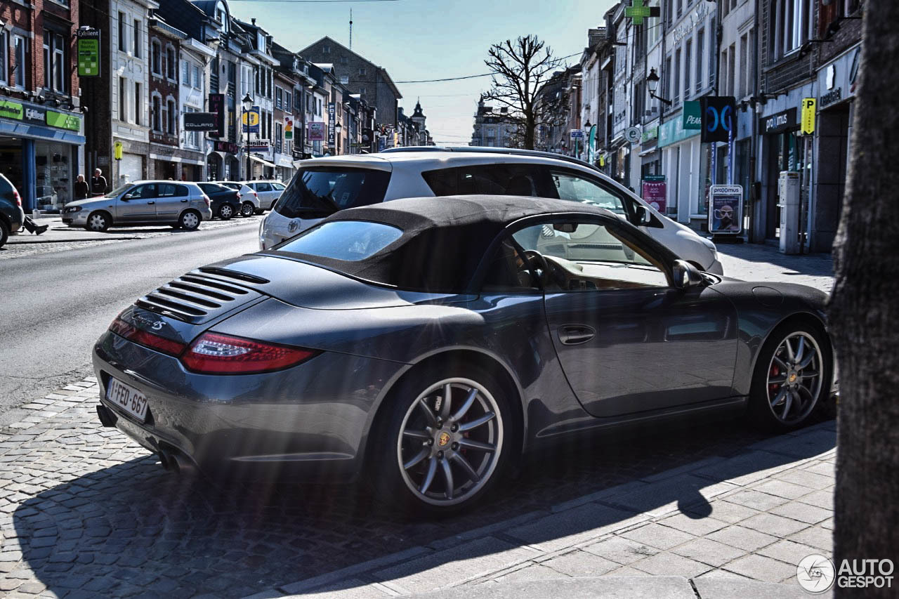 porsche 997 carrera 4s cabriolet mkii 19 april 2015 autogespot. Black Bedroom Furniture Sets. Home Design Ideas