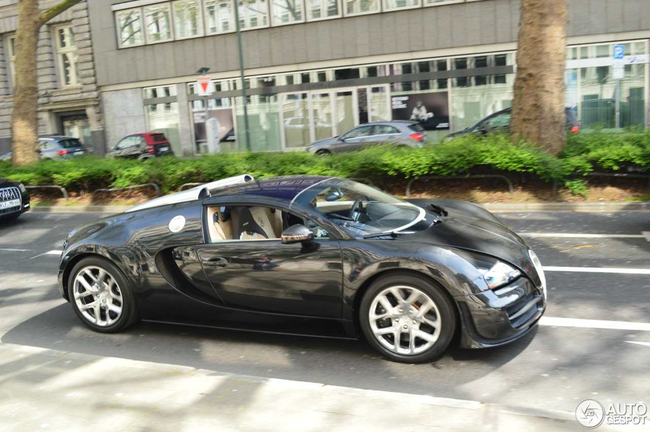 bugatti veyron 16 4 grand sport vitesse 24 april 2015 autogespot. Black Bedroom Furniture Sets. Home Design Ideas