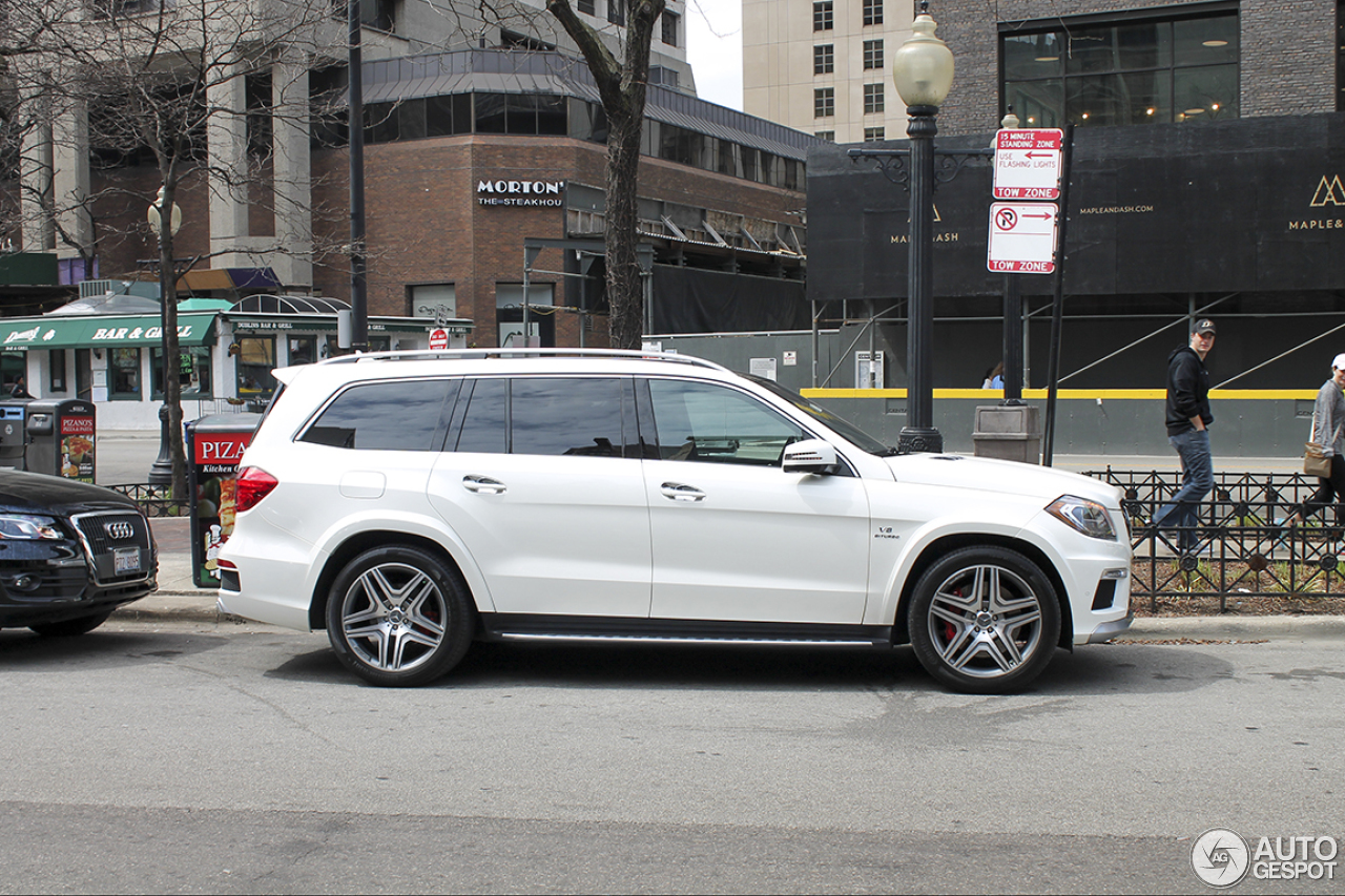 Mercedes benz gl 63 amg x166 1 may 2015 autogespot for 2015 mercedes benz gl