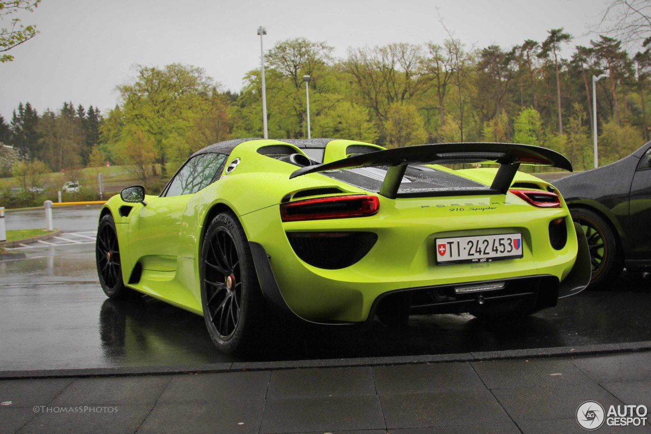 porsche 918 spyder weissach package 3 mei 2015 autogespot. Black Bedroom Furniture Sets. Home Design Ideas