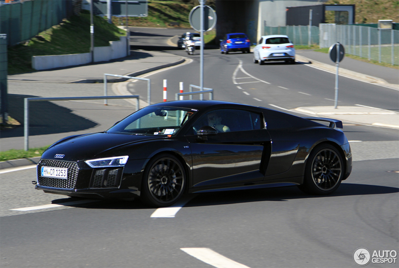 audi r8 v10 plus 2015 6 may 2015 autogespot. Black Bedroom Furniture Sets. Home Design Ideas