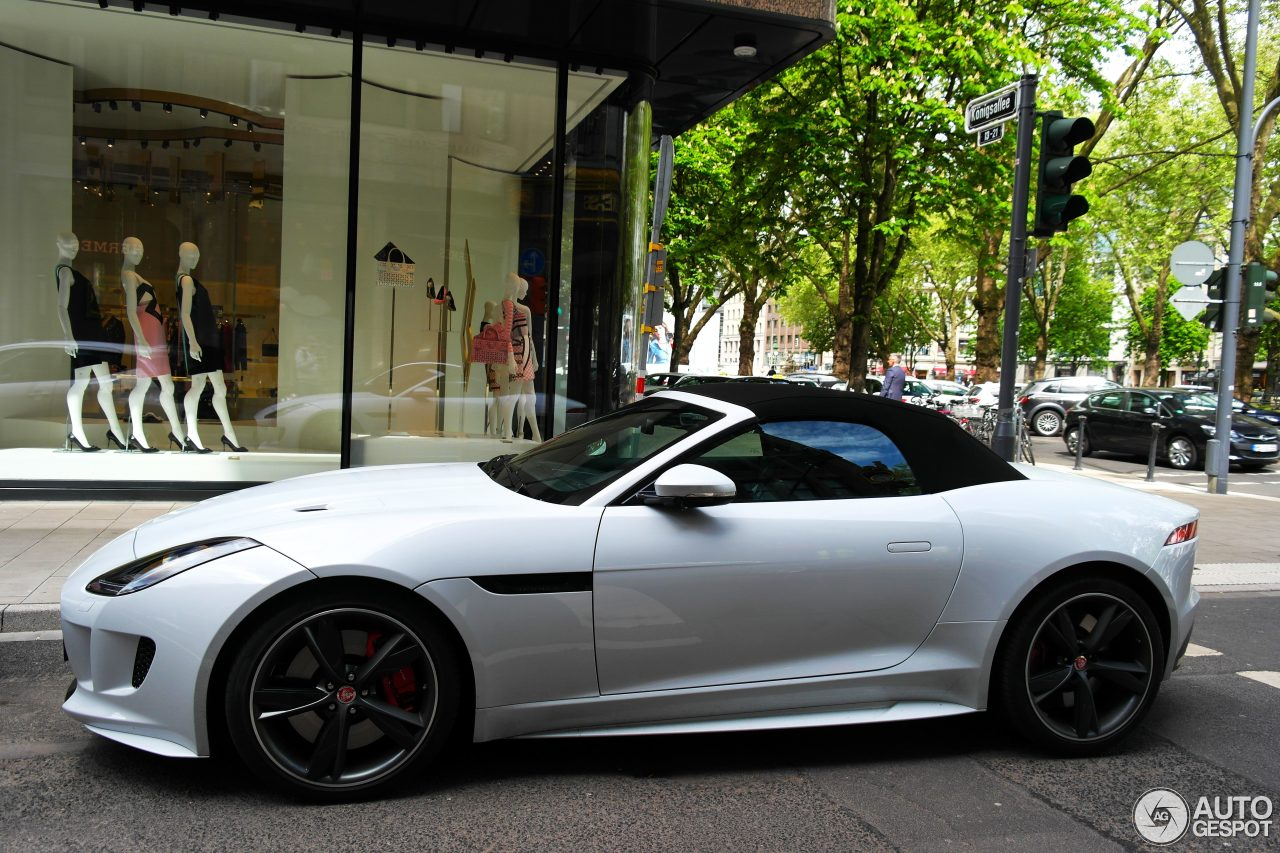 jaguar f type r awd convertible 7 may 2015 autogespot. Black Bedroom Furniture Sets. Home Design Ideas
