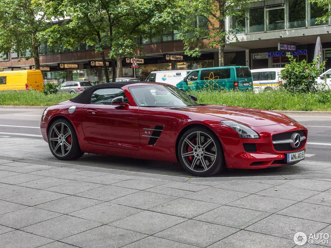 Mercedes benz sls amg roadster 12 mai 2015 autogespot for 2015 mercedes benz sls amg convertible