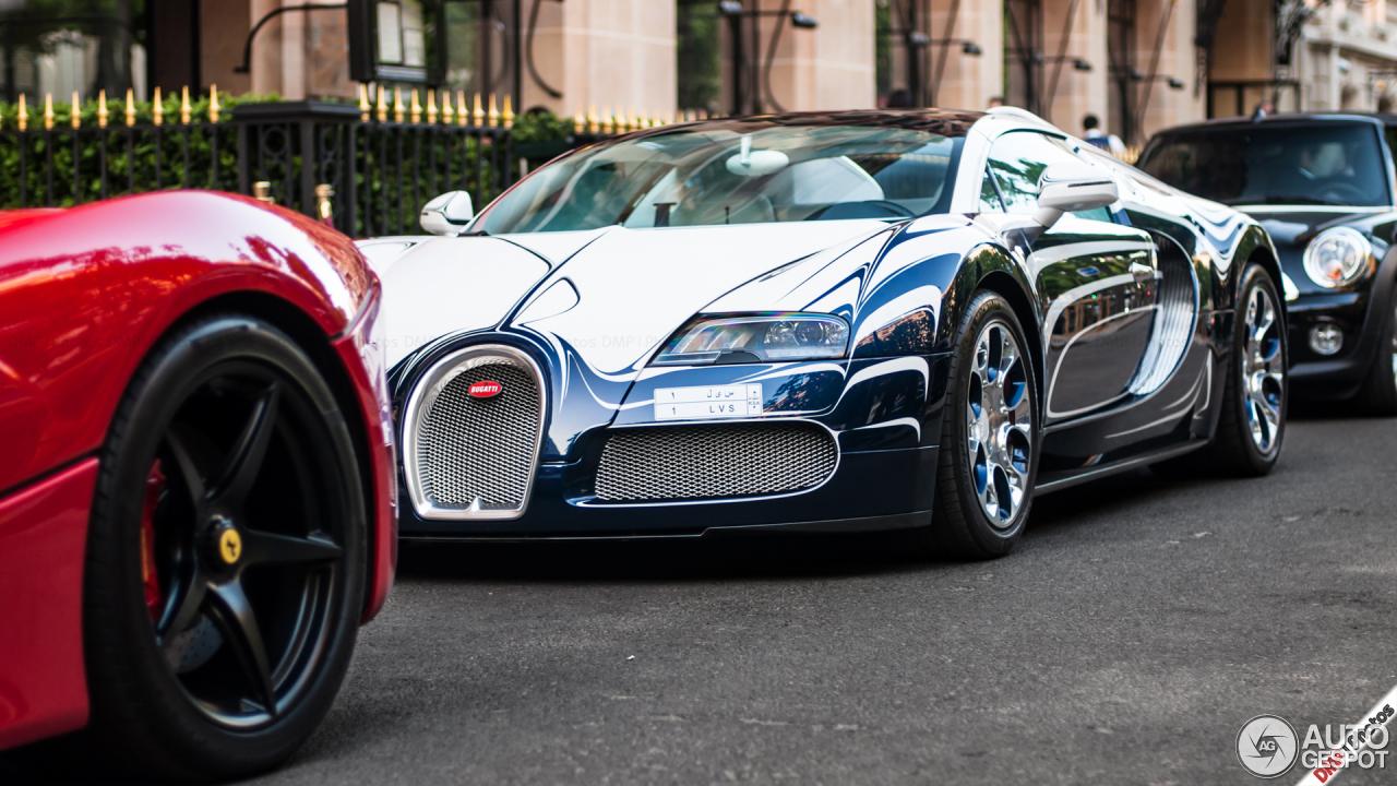 bugatti veyron 16 4 grand sport l 39 or blanc 14 mai 2015 autogespot. Black Bedroom Furniture Sets. Home Design Ideas