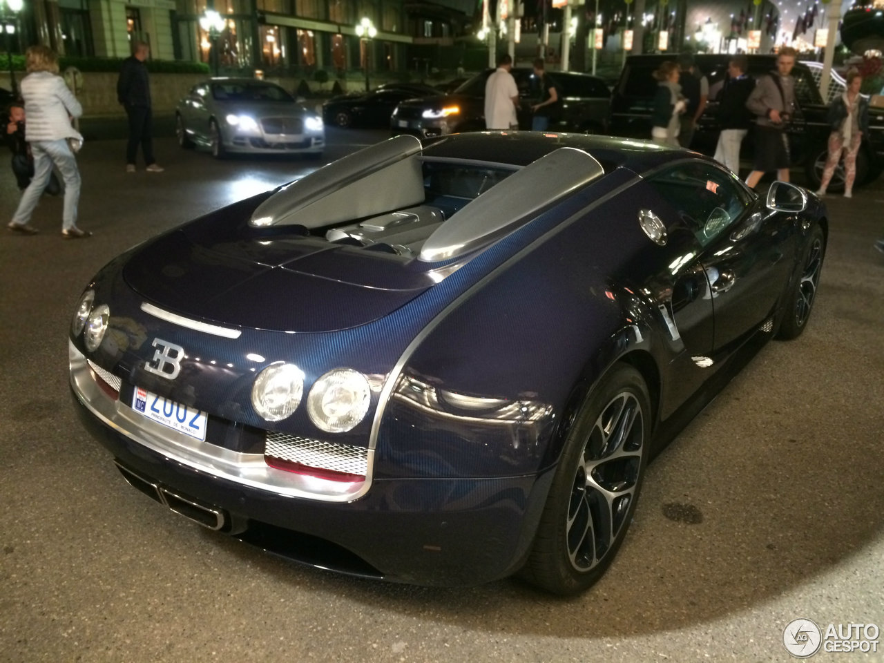 bugatti veyron 16 4 grand sport vitesse 15 may 2015 autogespot. Black Bedroom Furniture Sets. Home Design Ideas