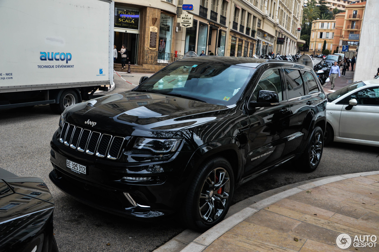 jeep grand cherokee srt 8 2013 15 may 2015 autogespot. Black Bedroom Furniture Sets. Home Design Ideas