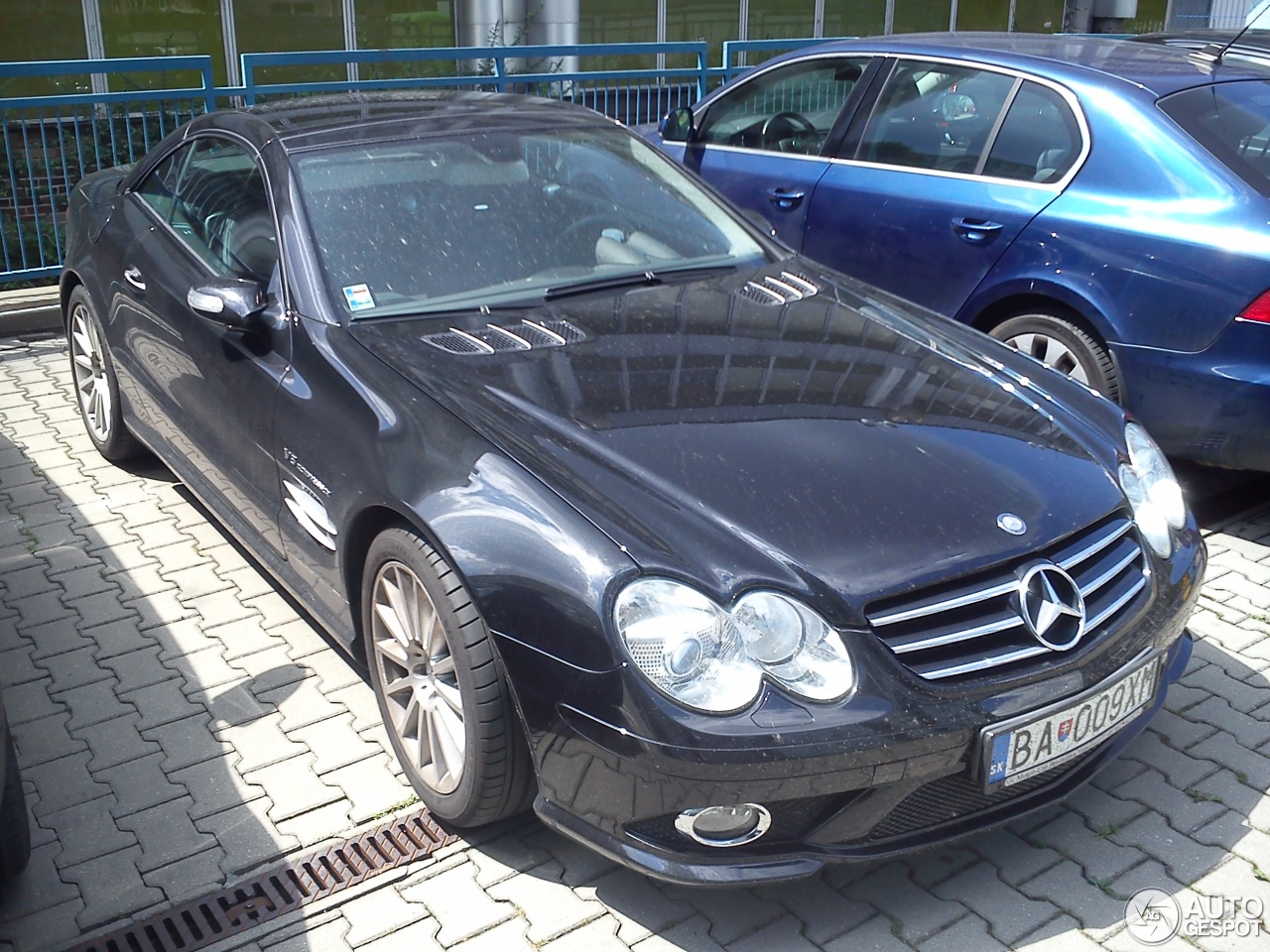 Mercedes benz sl 55 amg r230 2006 16 may 2015 autogespot for Mercedes benz sl550 amg price