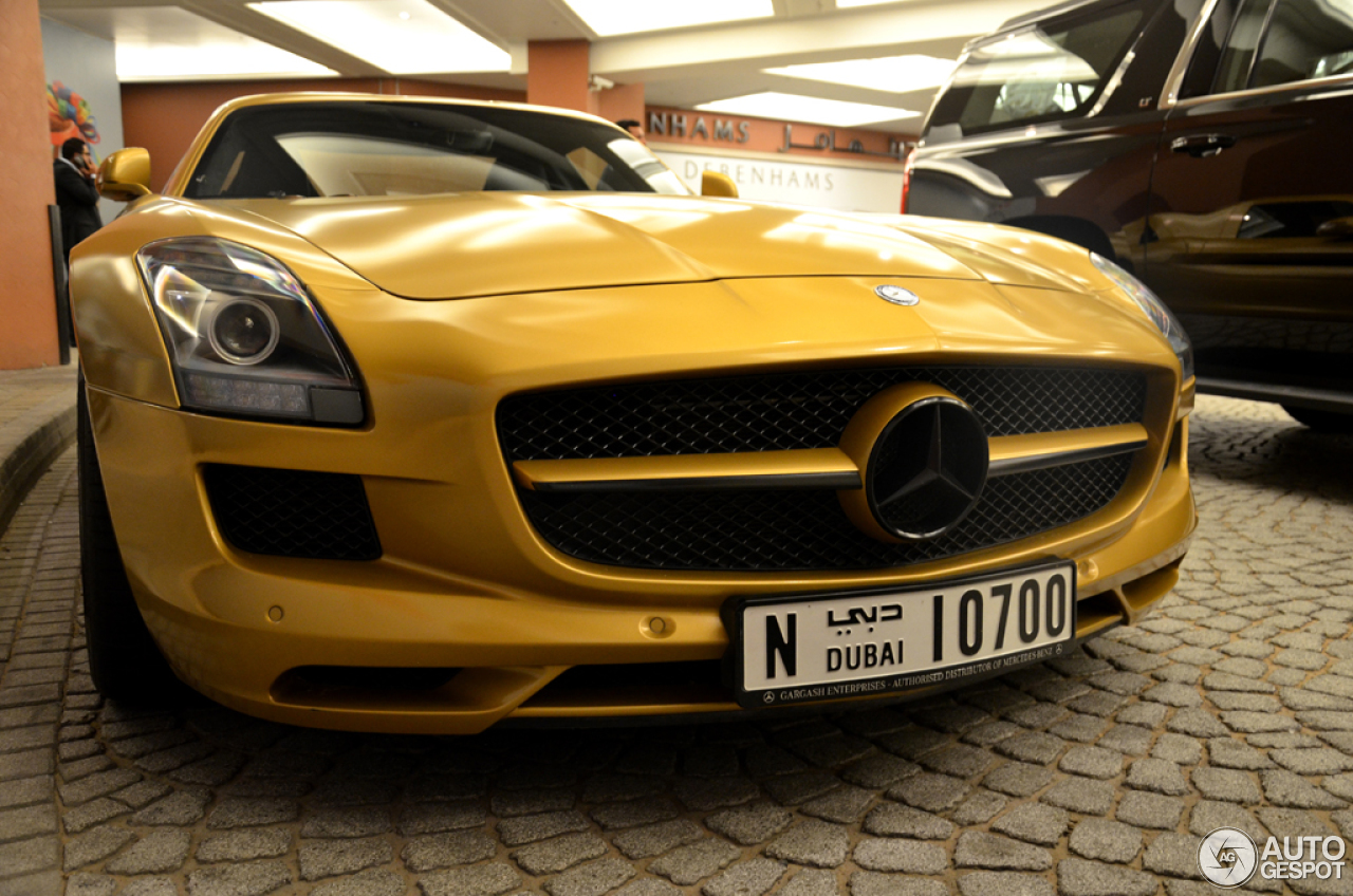 Mercedes benz sls amg desert gold 18 may 2015 autogespot for 2015 mercedes benz sls amg