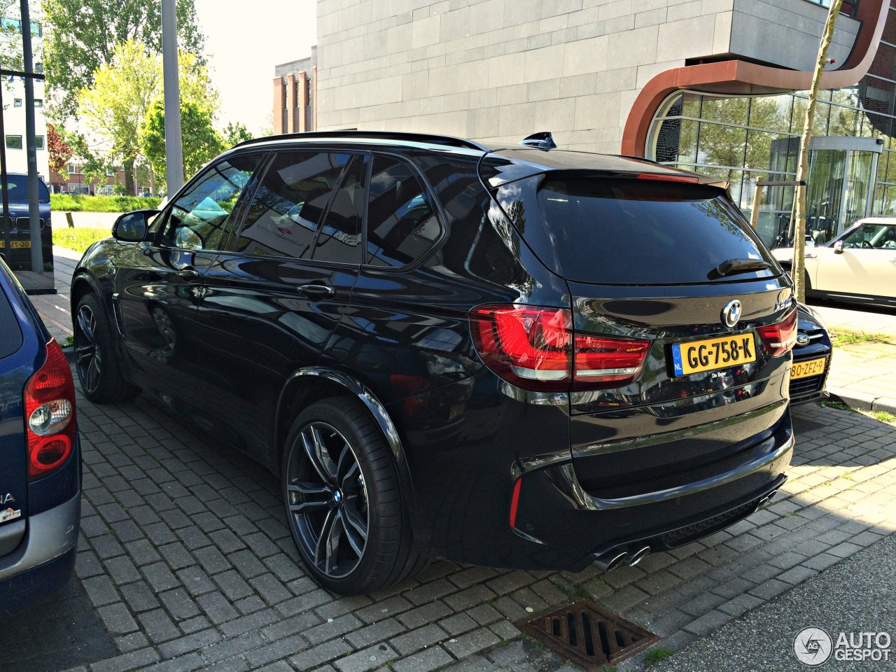 bmw x5 m f85 20 mai 2015 autogespot. Black Bedroom Furniture Sets. Home Design Ideas