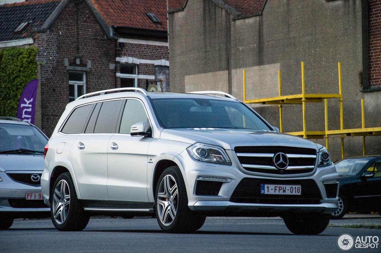 Mercedes benz gl 63 amg x166 22 may 2015 autogespot for Mercedes benz gl amg 2015