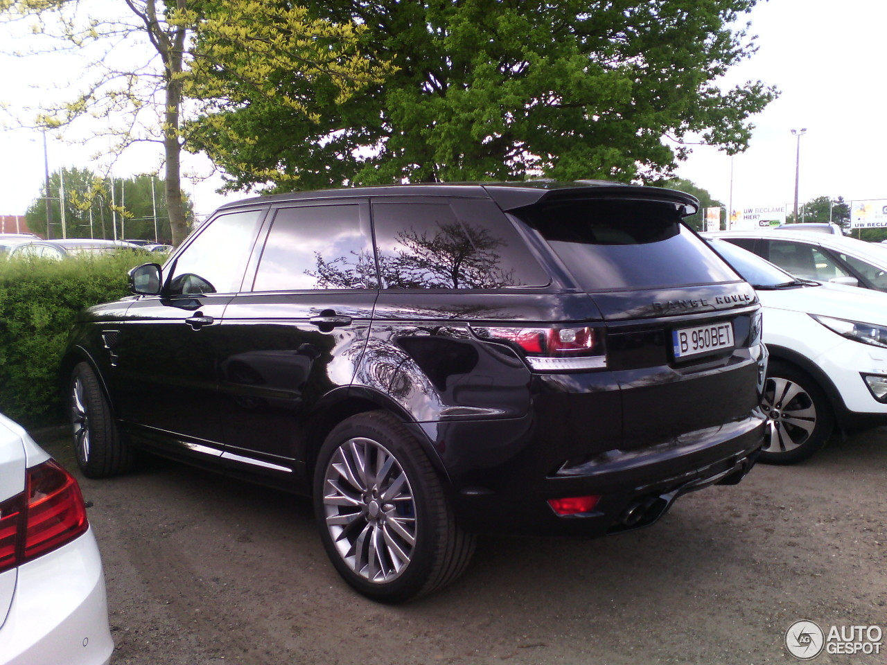 land rover range rover sport svr 24 may 2015 autogespot. Black Bedroom Furniture Sets. Home Design Ideas