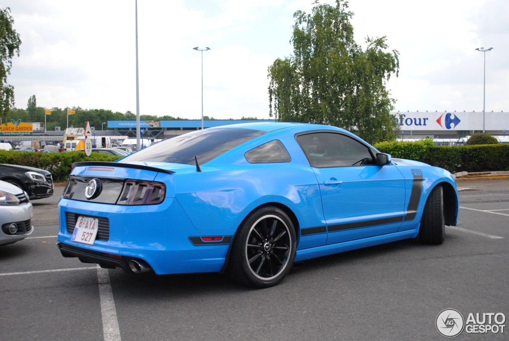ford mustang boss 302 2013 25 may 2015 autogespot. Black Bedroom Furniture Sets. Home Design Ideas