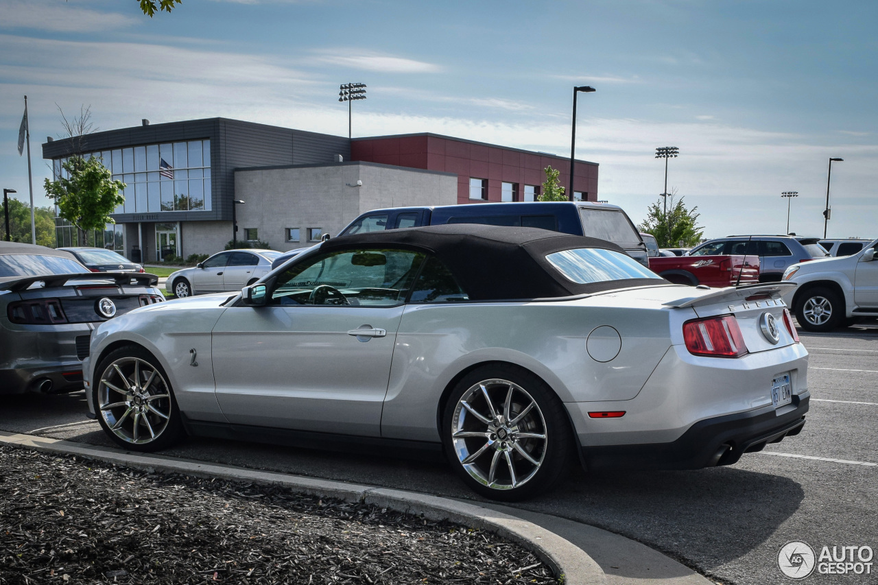 ford mustang shelby gt500 convertible 2010 27 may 2015 autogespot. Black Bedroom Furniture Sets. Home Design Ideas