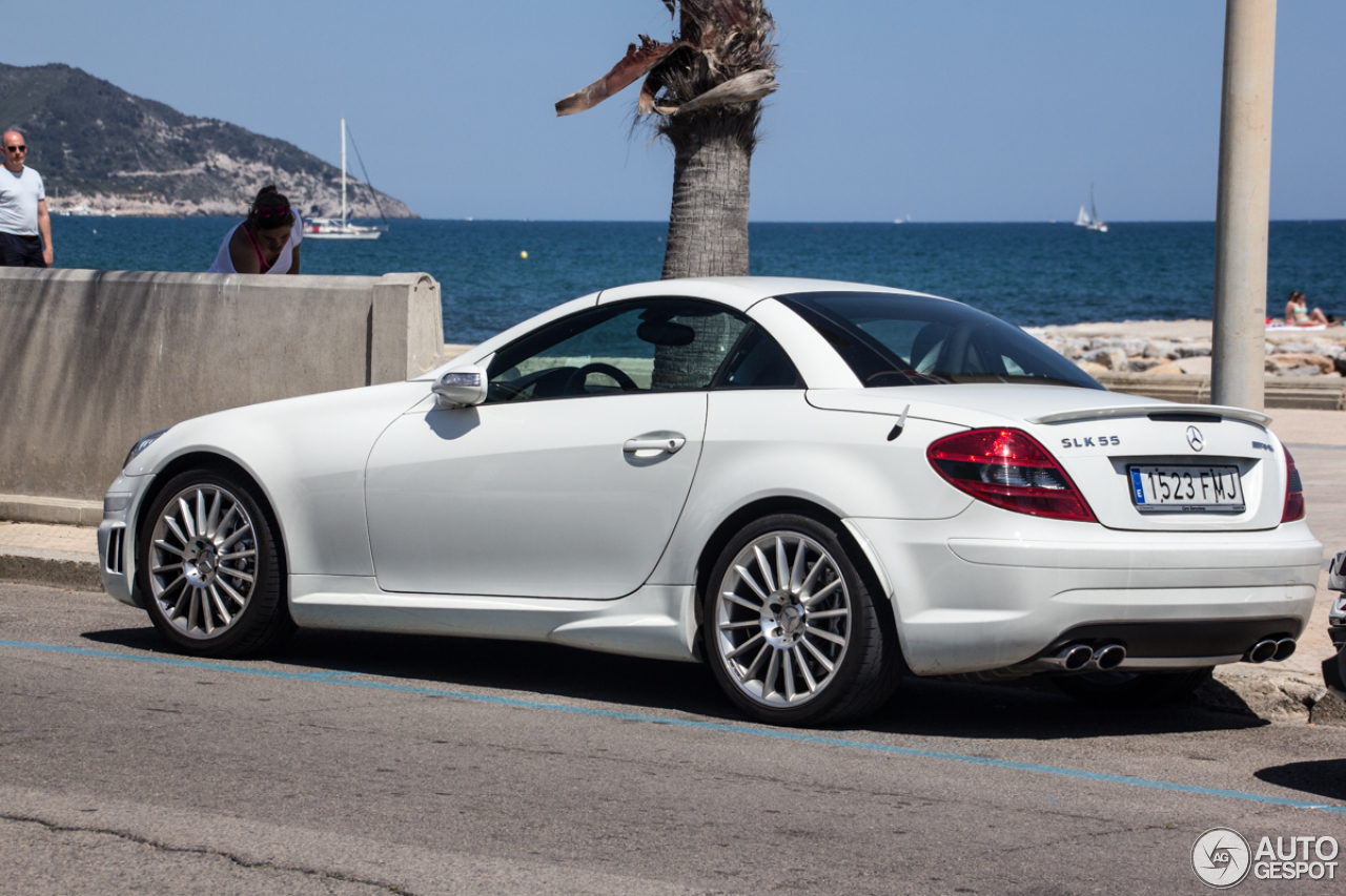 mercedes benz slk 55 amg r171 31 may 2015 autogespot. Black Bedroom Furniture Sets. Home Design Ideas