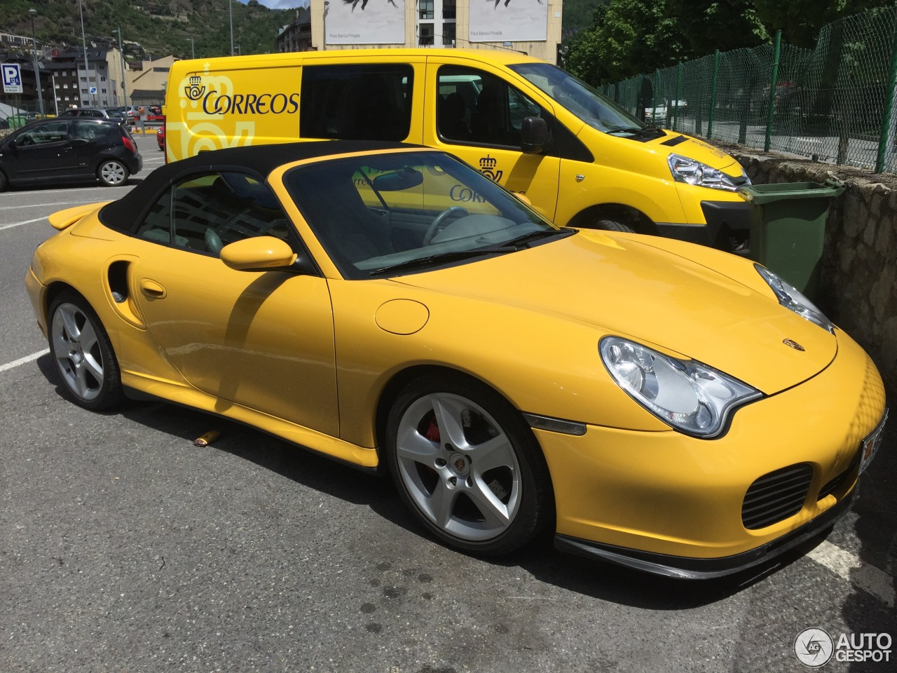 porsche 996 turbo yellow images galleries with a bite. Black Bedroom Furniture Sets. Home Design Ideas