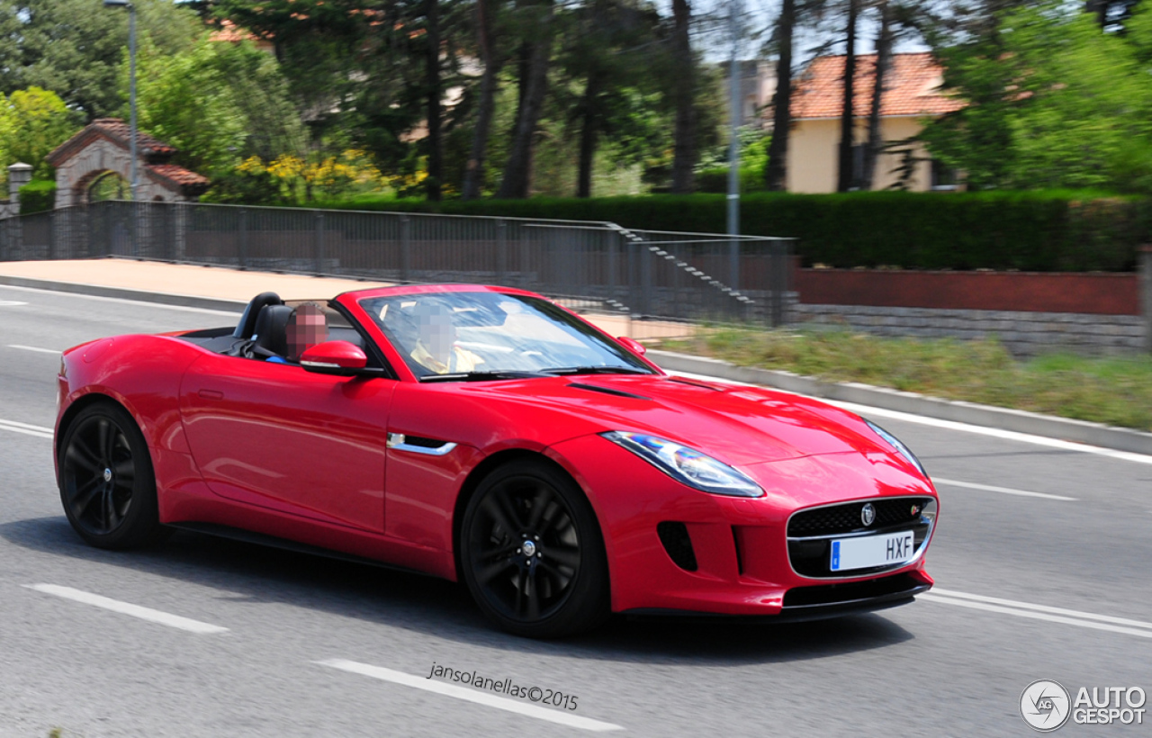 Jaguar f type red convertible