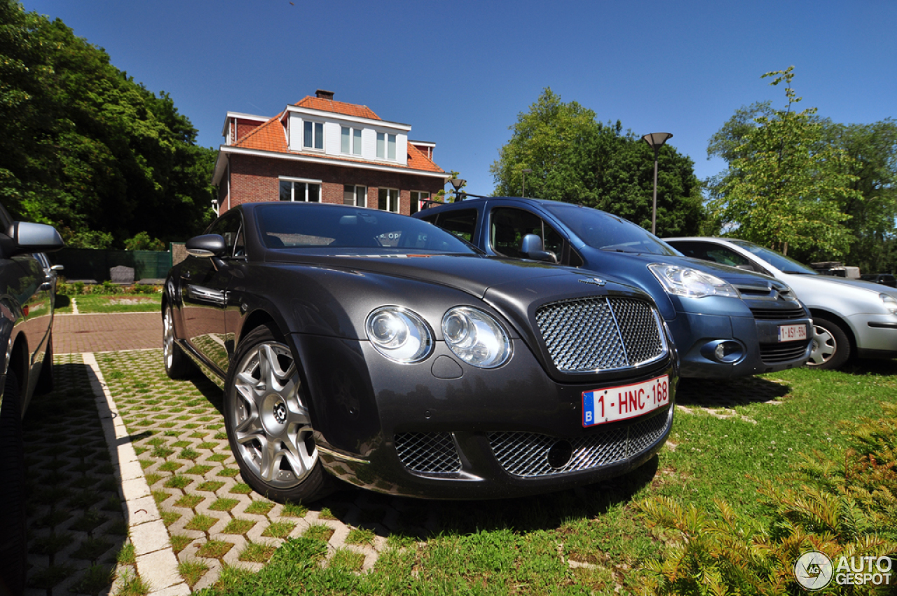 bentley continental gt 6 juin 2015 autogespot. Black Bedroom Furniture Sets. Home Design Ideas