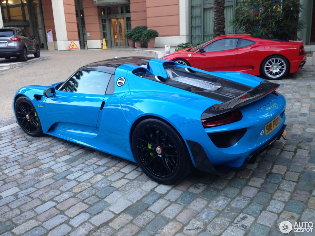 porsche 918 spyder weissach package 7 juni 2015 autogespot. Black Bedroom Furniture Sets. Home Design Ideas