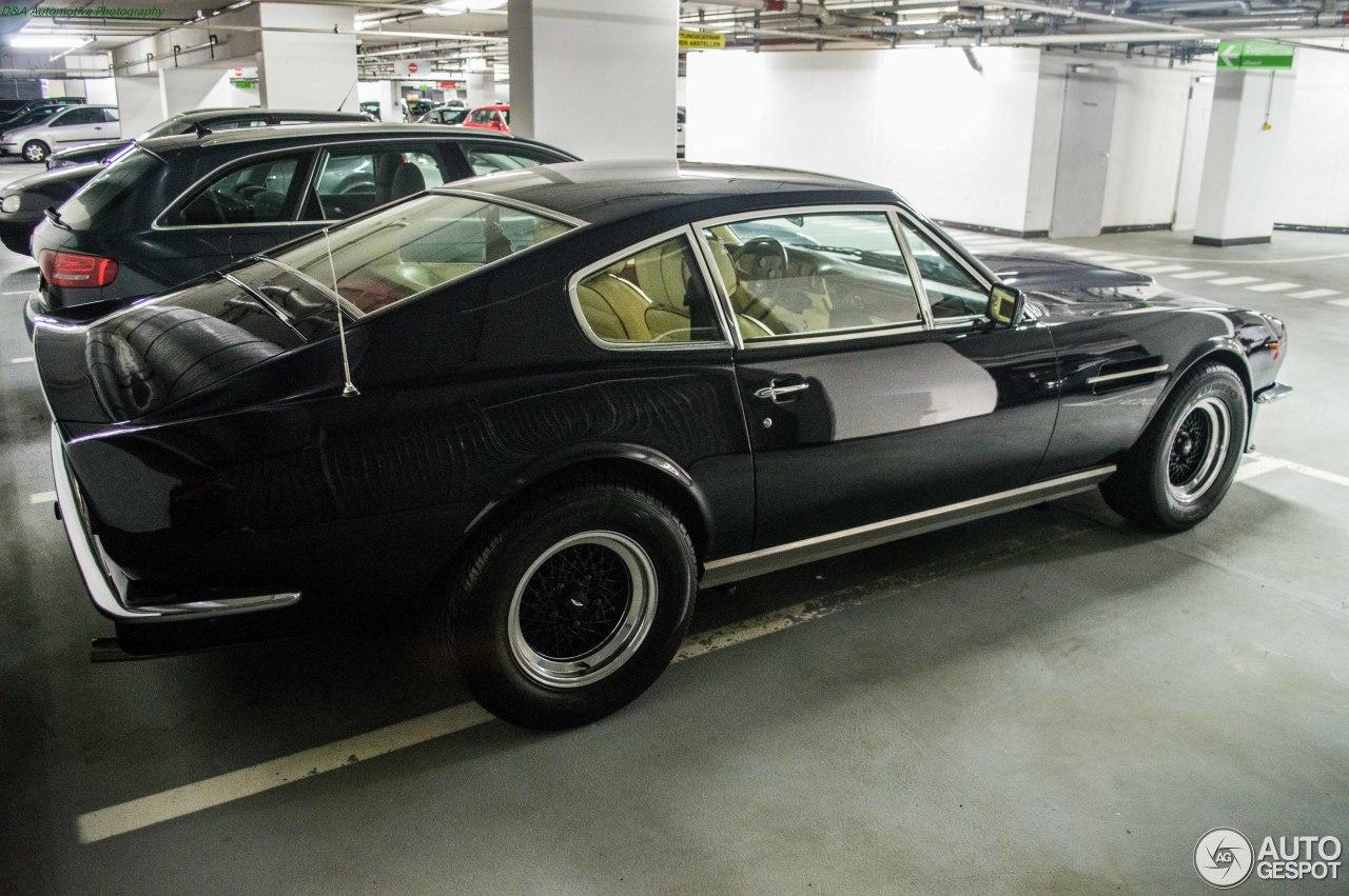 aston martin v8 vantage 1977 interior. aston martin v8 vantage 1977-1989 1977 interior