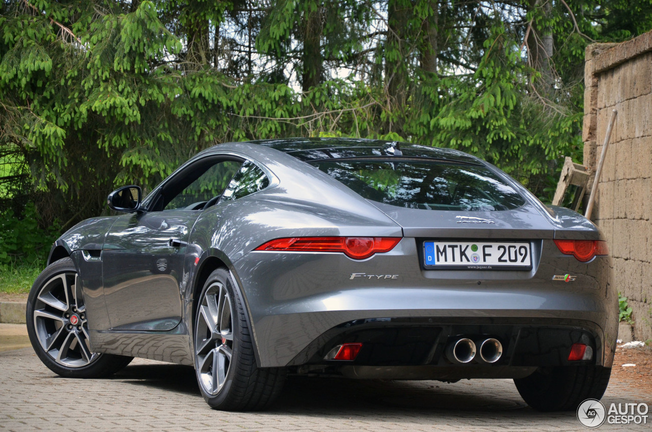 jaguar f type s awd coup 10 juni 2015 autogespot. Black Bedroom Furniture Sets. Home Design Ideas