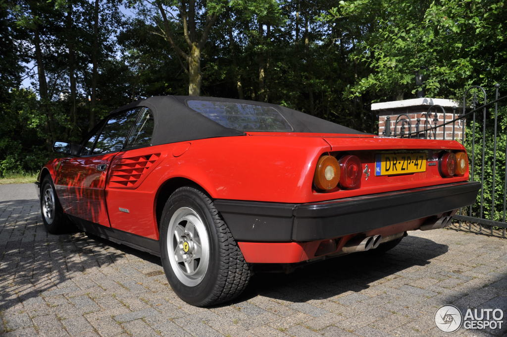 ferrari mondial quattrovalvole cabriolet 12 june 2015 autogespot. Black Bedroom Furniture Sets. Home Design Ideas