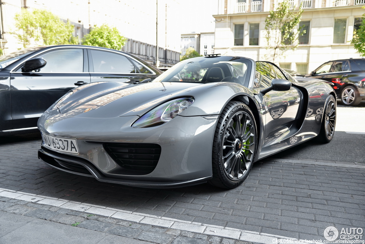 porsche 918 spyder 13 june 2015 autogespot. Black Bedroom Furniture Sets. Home Design Ideas