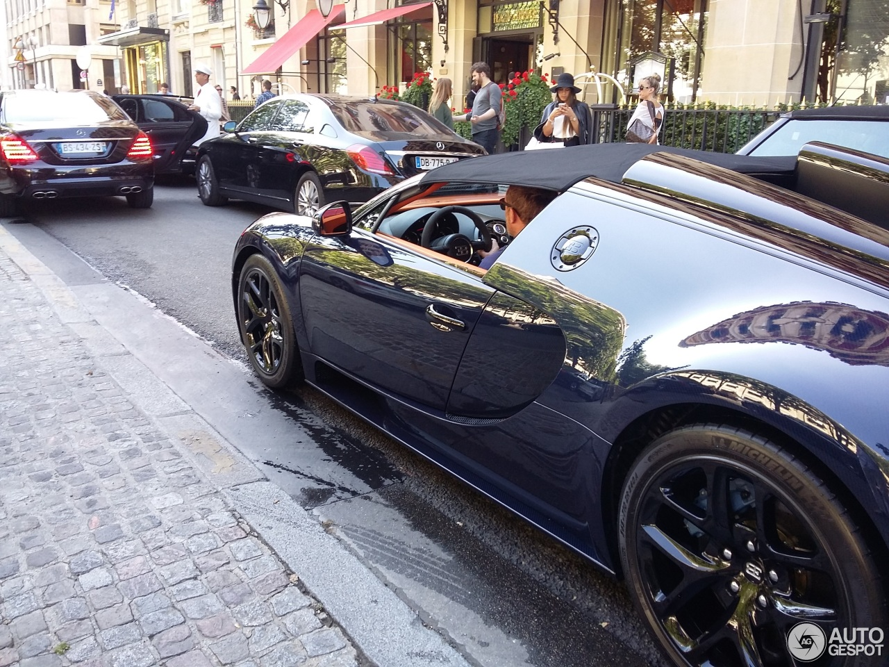 bugatti veyron 16 4 grand sport vitesse 16 juin 2015. Black Bedroom Furniture Sets. Home Design Ideas