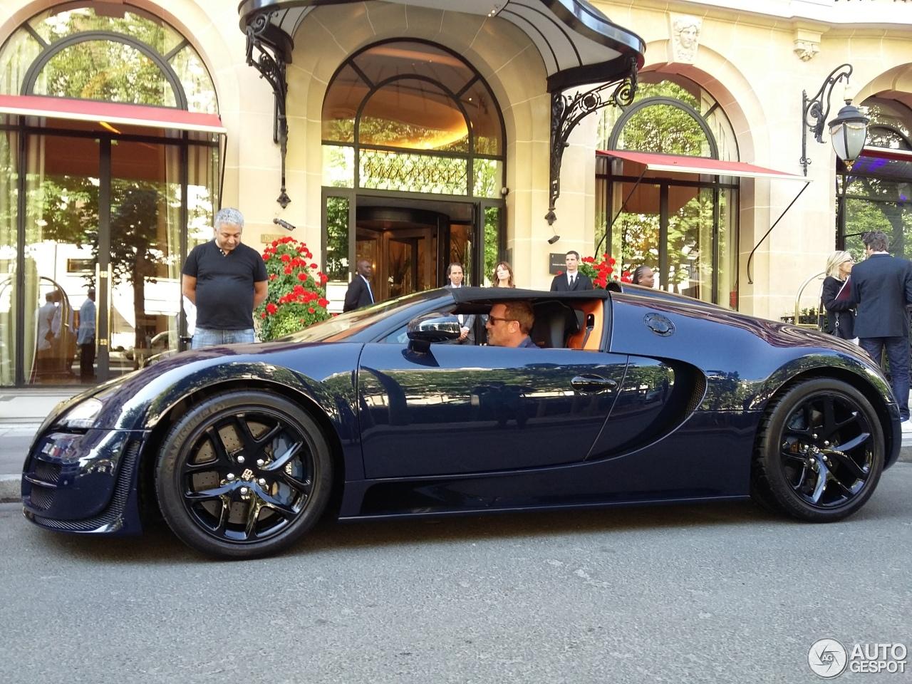 bugatti veyron 16 4 grand sport vitesse 16 giugno 2015 autogespot. Black Bedroom Furniture Sets. Home Design Ideas