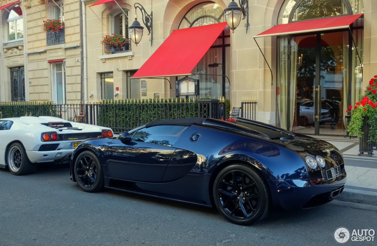 bugatti veyron 16 4 grand sport vitesse 16 juin 2015 autogespot. Black Bedroom Furniture Sets. Home Design Ideas