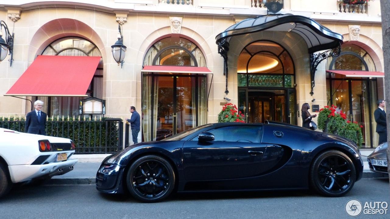 bugatti veyron 16 4 grand sport vitesse 17 junio 2015 autogespot. Black Bedroom Furniture Sets. Home Design Ideas
