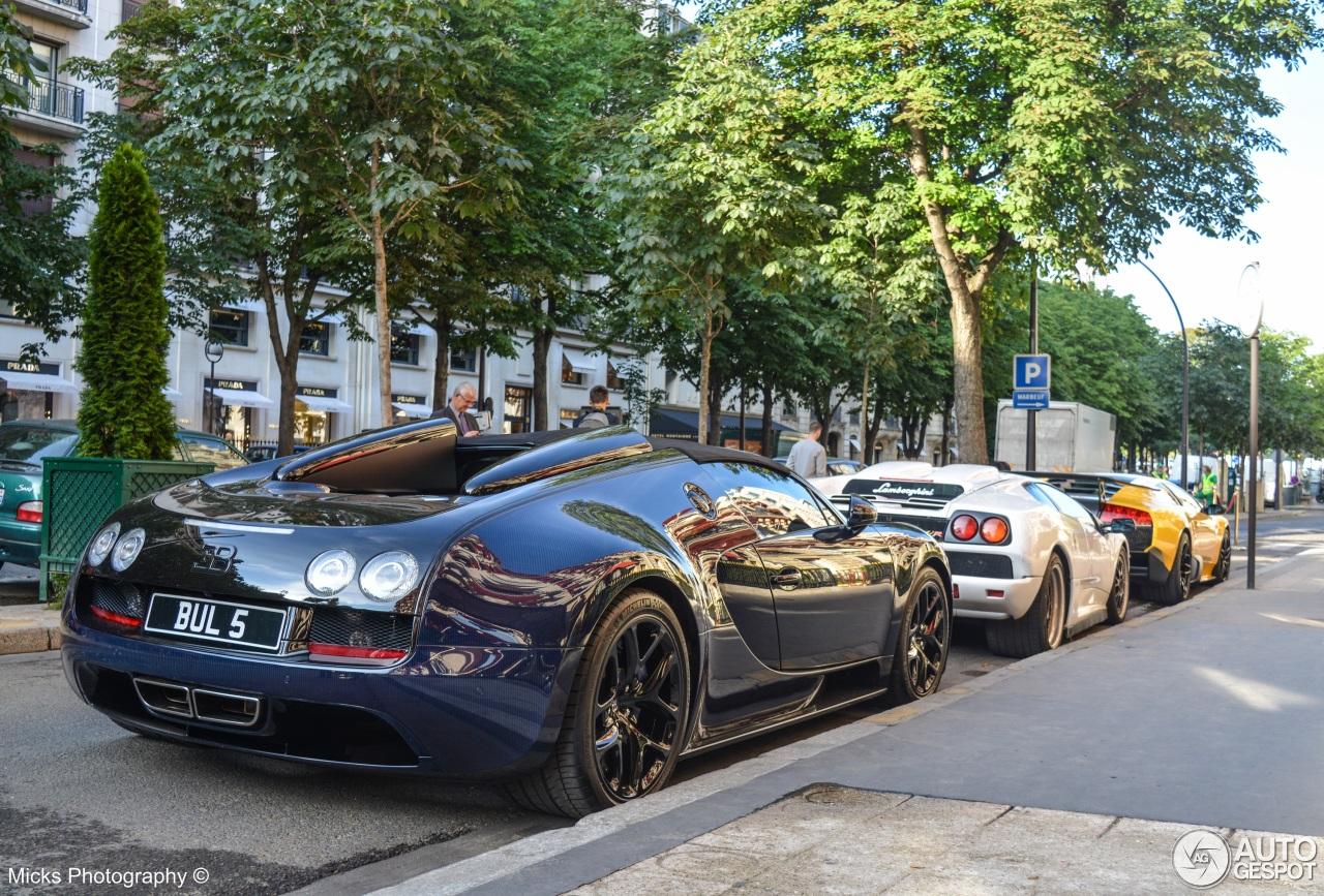 bugatti veyron 16 4 grand sport vitesse 18 juin 2015 autogespot. Black Bedroom Furniture Sets. Home Design Ideas