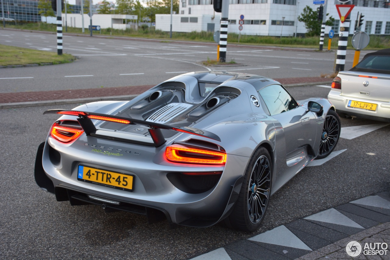 porsche 918 spyder weissach package 18 juni 2015 autogespot. Black Bedroom Furniture Sets. Home Design Ideas
