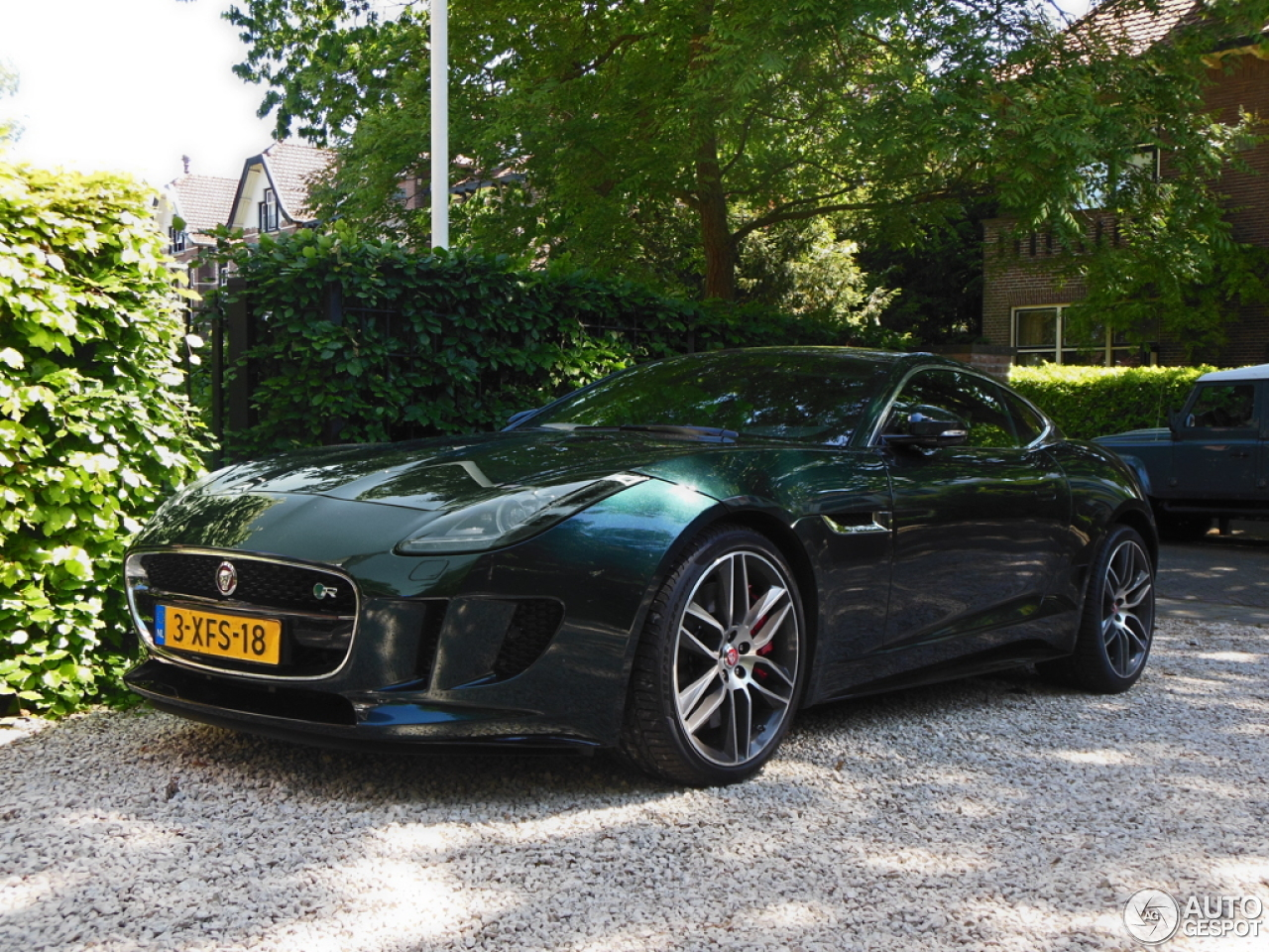 Jaguar f type r coup 20 june 2015 autogespot - Jaguar f type r coupe prix ...