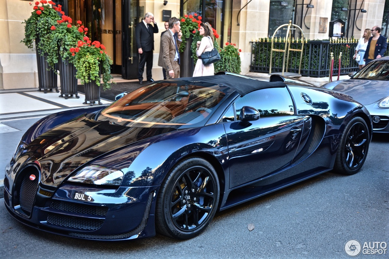 bugatti veyron 16 4 grand sport vitesse 21 june 2015 autogespot. Black Bedroom Furniture Sets. Home Design Ideas