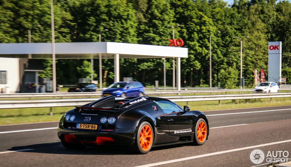 bugatti veyron 16 4 grand sport vitesse world record car edition 22 juni 2015 autogespot. Black Bedroom Furniture Sets. Home Design Ideas