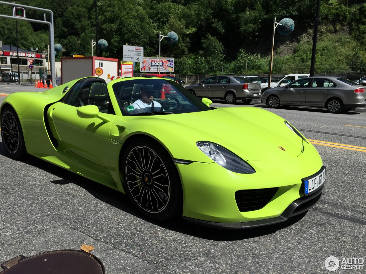 porsche 918 spyder 22 june 2015 autogespot. Black Bedroom Furniture Sets. Home Design Ideas