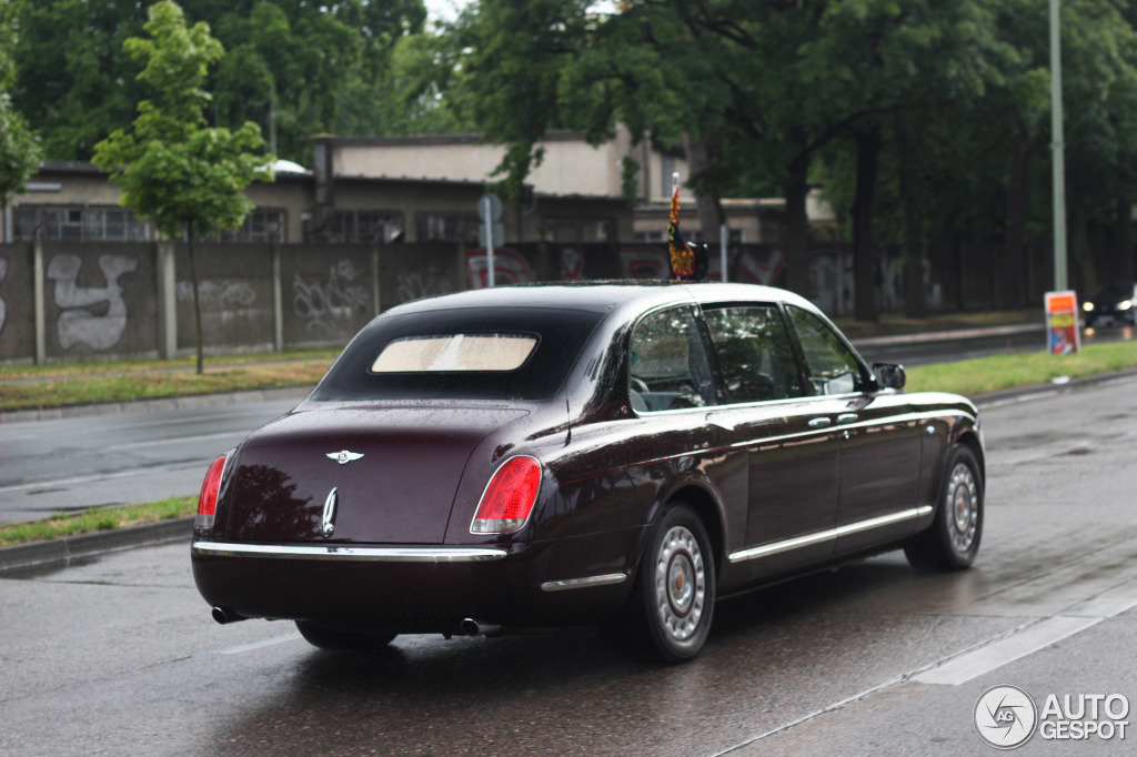 Bentley State Limousine 23 June 2015 Autogespot
