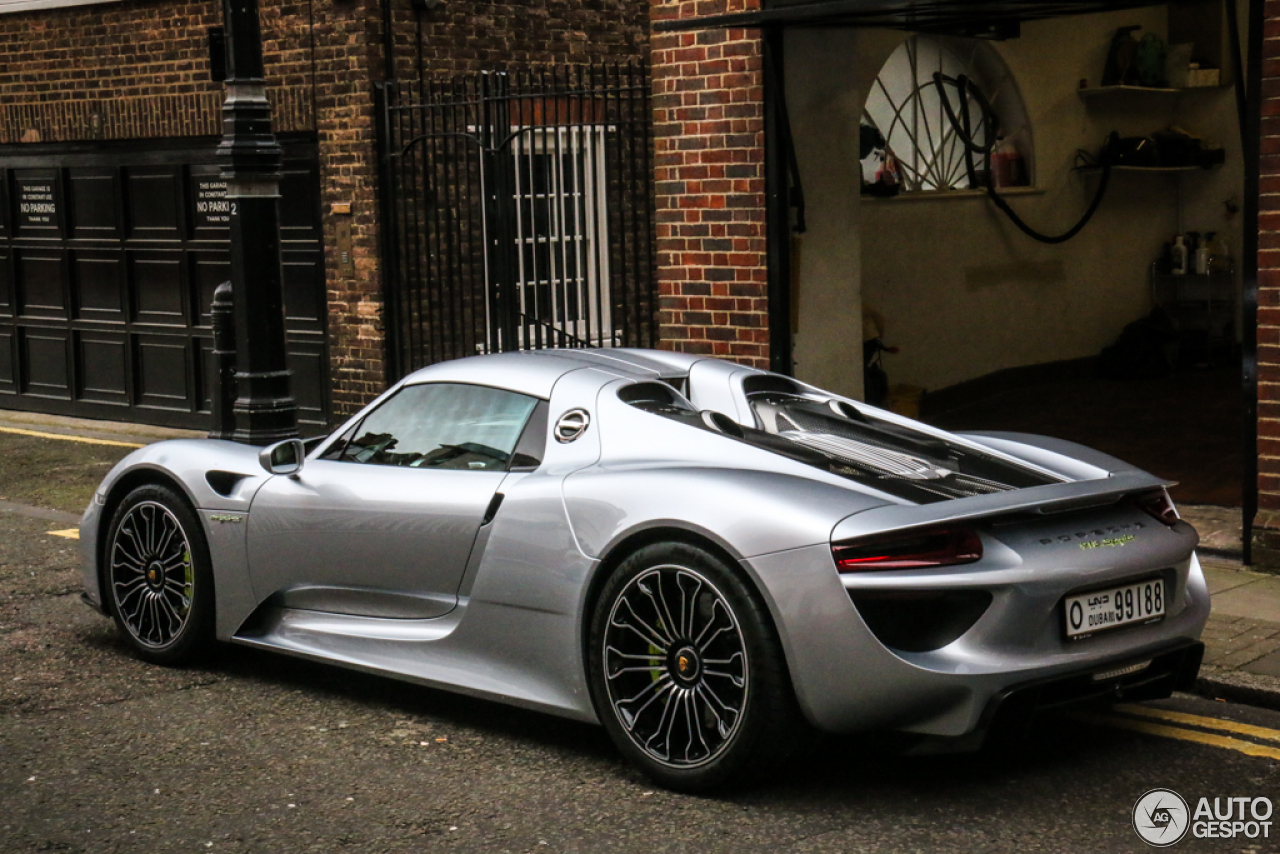 porsche 918 spyder 23 june 2015 autogespot. Black Bedroom Furniture Sets. Home Design Ideas
