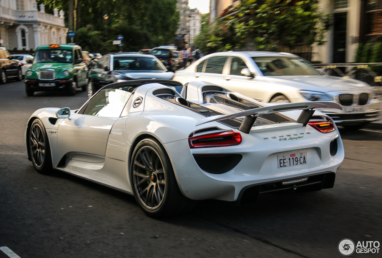 porsche 918 spyder 25 june 2015 autogespot. Black Bedroom Furniture Sets. Home Design Ideas