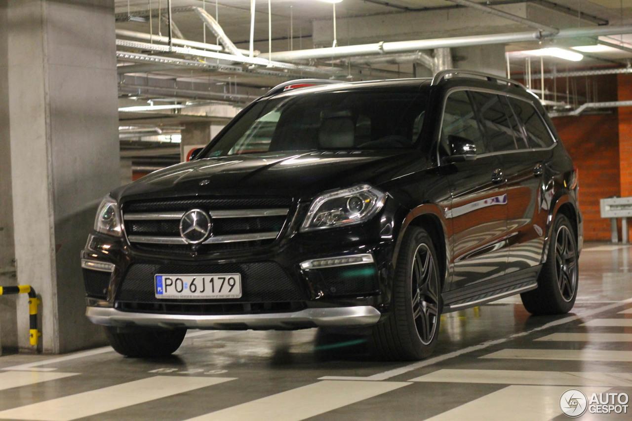 Mercedes benz gl 63 amg x166 28 june 2015 autogespot for Mercedes benz gl amg 2015