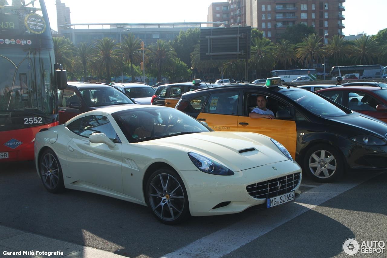 510631ed37cb0 Ferrari California - 30 June 2015 - Autogespot