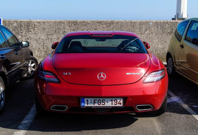 Mercedes-Benz SLS AMG