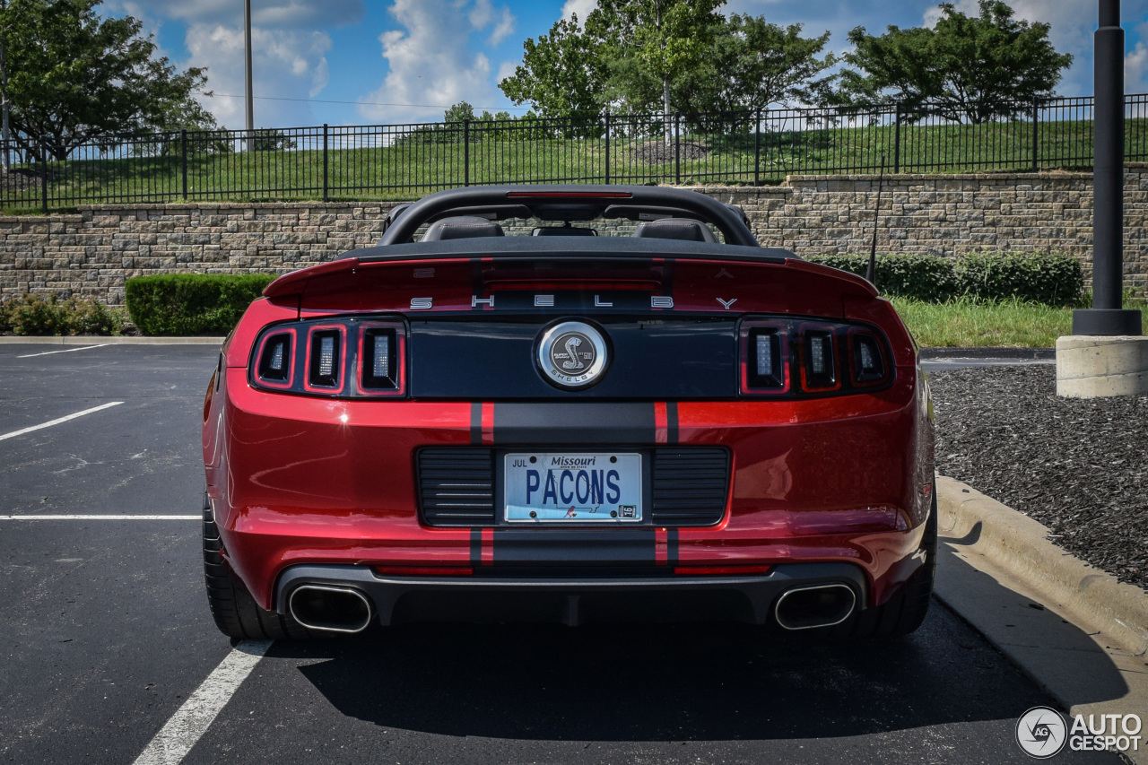 ford mustang shelby gt500 super snake convertible 2014 1 luglio 2015 autogespot. Black Bedroom Furniture Sets. Home Design Ideas