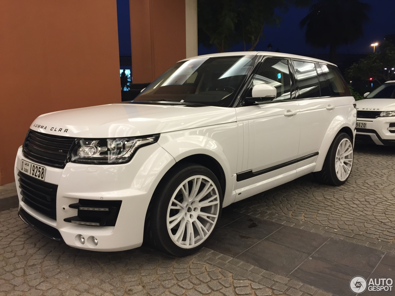 Matte White Land Rover >> Land Rover Range Rover Lumma CLR R - 1 July 2015 - Autogespot